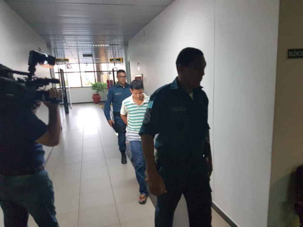 Pai acusado de matar bebê afogado será ouvido em fevereiro sobre o caso