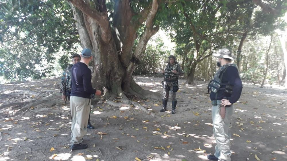 Polícia Militar Ambiental de Mundo Novo e ICMBIO autuam em R$ 5,5 mil oito pescadores acampados e pescando na área do Parque de Ilha Grande
