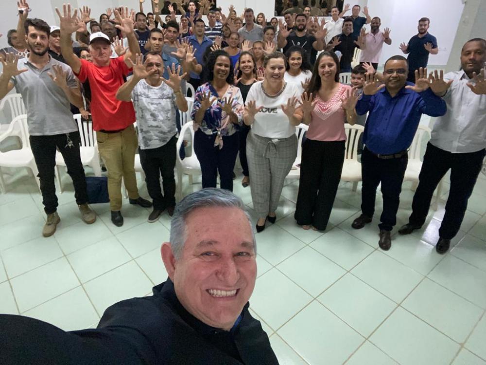 Republicanos se reúnem e contam com a presença do Deputado Estadual Antônio Vaz.