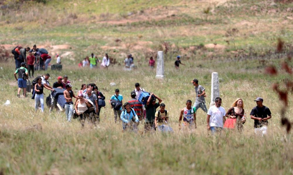 Governo fecha fronteiras terrestres do Brasil