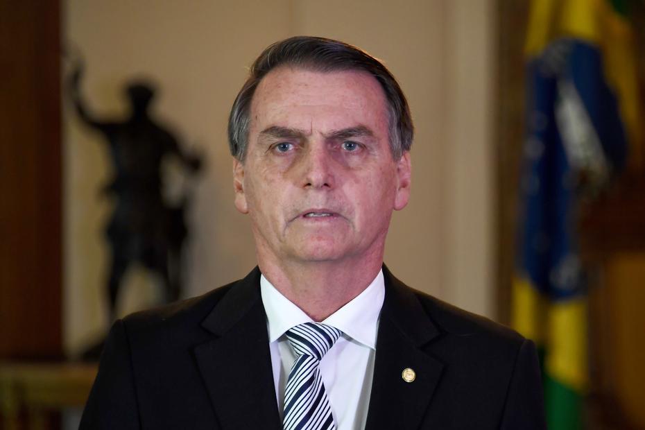 Bolsonaro defende fim de quarentena e abertura de comércio