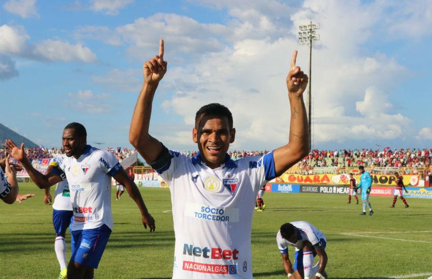 Ederson marcou o gol tricolor (FOTO: Leonardo Moreira)